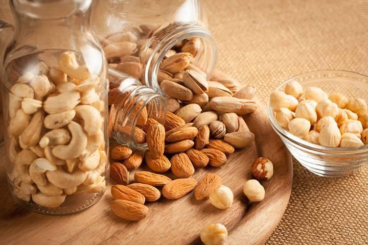 Ăn nhiều hạt dinh dưỡng có tốt hay không?