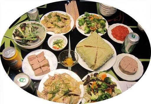 4 nhóm thực phẩm cần có trong bữa ăn ngày Tết